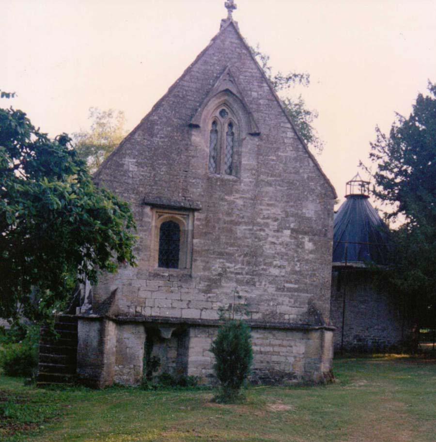 Lypiatt Park Granary & dovecote